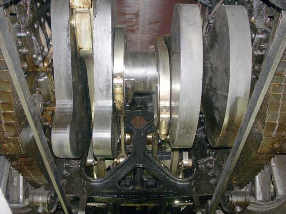 It is possible to walk under 3.1192 in a lit pit. This view shows, amongst other things, the inside big ends and eccentrics and, interestingly, how they fit through the frame stretcher. May 31 2003