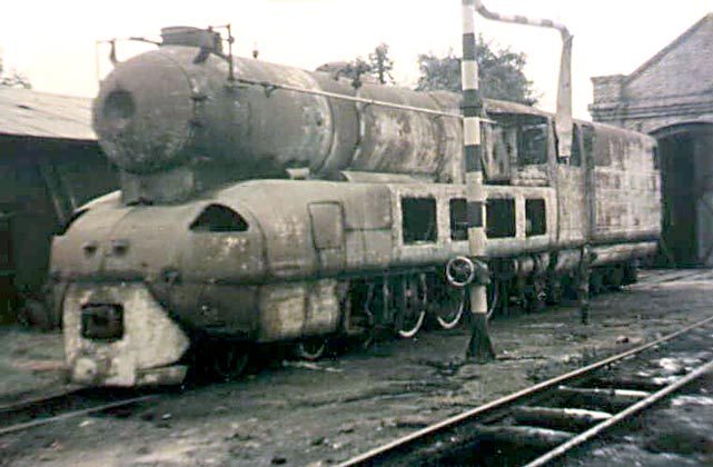 Having been withdrawn La Argentina was dumped at La Plata depot. Date Unknown.