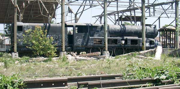 A first view of 'Argentina' as dumped at Mate de Luna. October 14 2004