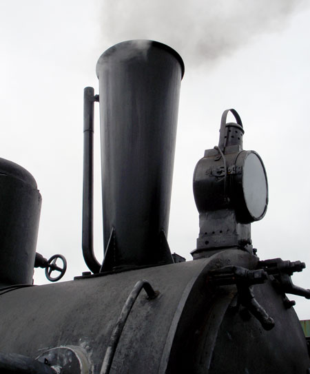 Unlike the other locos in the WLLR fleet, which all have Lempor ejectors installed within the old chimney, No.19 has an unhidden Lempor ejector as is clear here showing the tapered diffuser. © N.A.H. Day