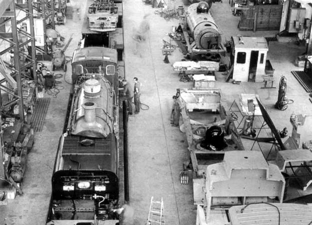 NGG16s' under construction at Hunslet Taylor in 1968. At least three locos are visible, at least in part. © A.A. Jorgensen