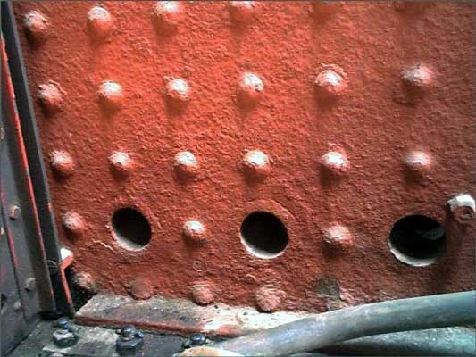 The outer view of the over fire air holes on 155 again clearly showing how they have directly replaced stays. In effect they act as hollow stays. � Sandstone Heritage Trust. Courtesy of Shaun McMahon