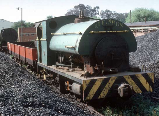 "No.1731 of July 1927. This 3'6"" gauge 0-4-0st is seen at Union Steel Corporation's Klip Works, Vereeniging. Already out of use several components have been removed and the loco has gained the stenciled name ""Klein Ben"". 11 October 1976. © Roger Griffiths"