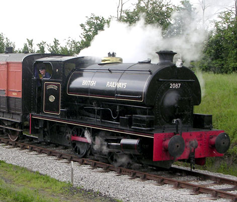 No.2087 of 1948. Shown here in fictitious British Railways livery this locomotive was sold to Courtaulds for use at Aber works, Flint, North Wales. It is preserved at Buckinghamshire Railway Centre. 2004. © Colin Ashman