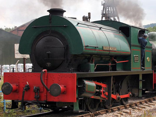No.2150 in 2004, now named 'Mardy Monster'. © Paul Sharpe