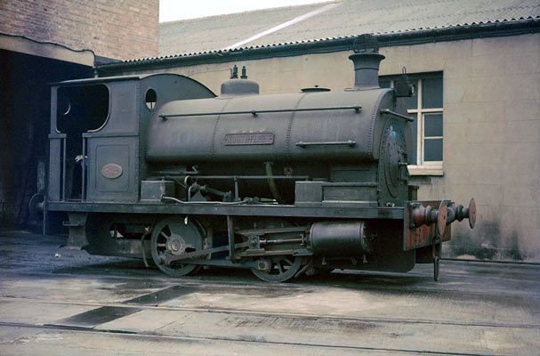 No.2080 of October 1946. Named 'Northfleet' was owned and operated by Northfleet Deep Water Wharf & Storage Company, Kent. 21 September 1963. © Geoff Plumb